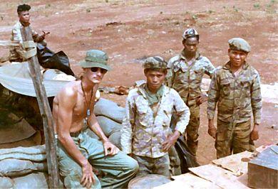 RonaldDeboerTrainingHisMontagnardTroops
