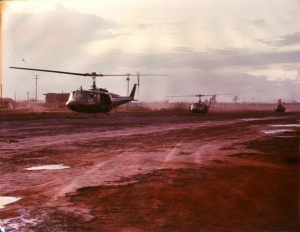 UH1s-Begin-Mission-An-Khe-by-Gordon.